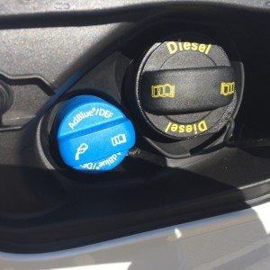 Der AdBlue-Tank fasst 24 Liter und reicht für 10.000 km