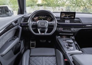 Q5-Cockpit in gewohnter Audi-Qualität Fotos: Audi AG